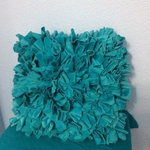 🎁Must Bundle!! 🎁Turquoise Pillow